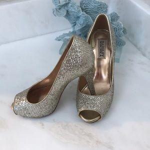 Sz 7.5 Badgley Mischka Gold Sparkling heels 👠